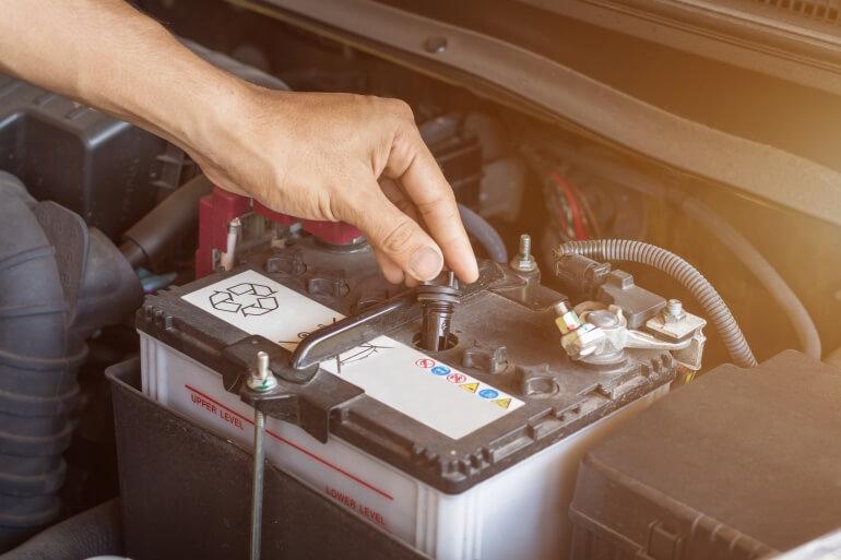 Autobatterie tauschen wechseln Balko Z Werkstatt